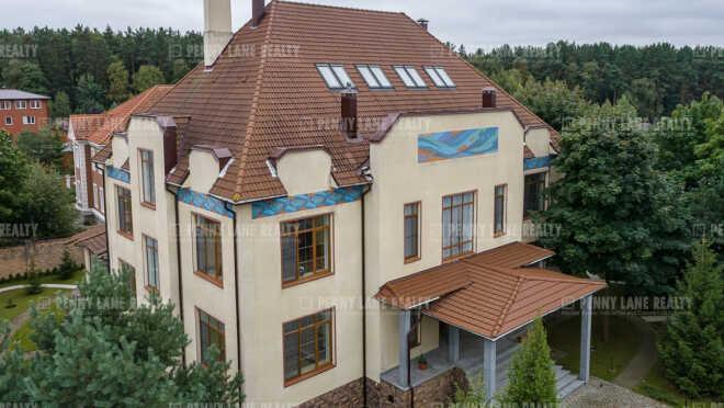 Продается дом за 254 253 480 ₽