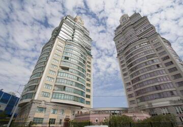 3-комнатные квартиры в ЖК Маршала Бирюзова, 32